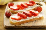 dessert sandwiches with strawberry  and soft cheese