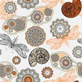 vector seamless pattern with sunglasses, flowers, shells,and dra