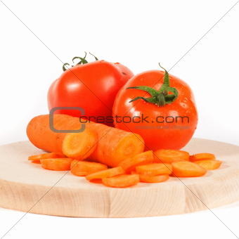Carrots and tomato
