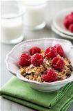 Muesli with fresh raspberries