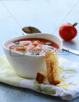 gazpacho cold tomato soup with bread crisps