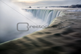 Horseshoe Falls at Dawn