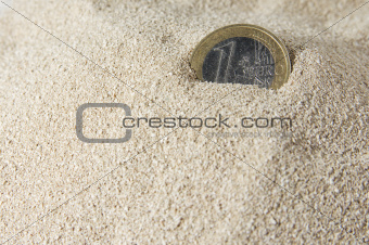 1 Euro in sand