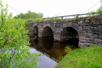 beautiful old stone bridge