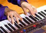 hands of pianist
