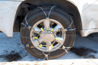 Chains on Wheels