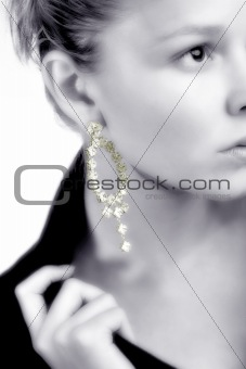 Model presenting jewelery