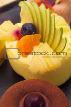 fresh berry fruit cake