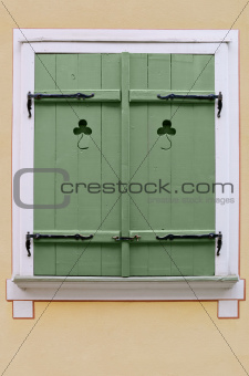  Window shutters