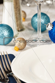 Festive Holiday Table Setting