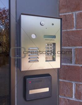 Electronic door directory