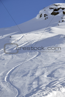 Off-piste snowboard track