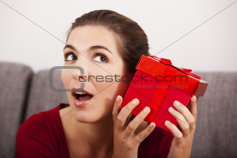 Trying to guess what is inside the present
