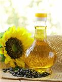 jar sunflower oil and sunflower seeds