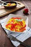Spaghetti con zafferano e peperone - Spaghetti with saffron and