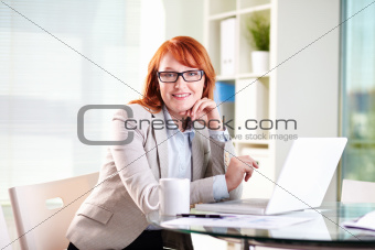 Lady on reception