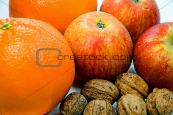 Apples, Walnuts and Oranges