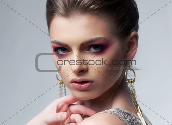 Sensual luxurious woman with bright makeup
