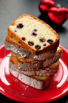 Egg White Cake with Berries