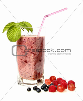 Berry smoothie with blueberry, raspberry and gooseberry