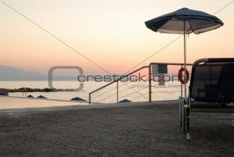 Solitary shore