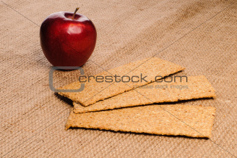Red apple with crispbread