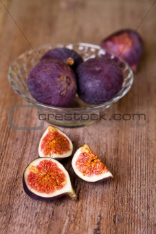 bowl with fresh figs