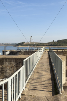 Footbridge over spillway