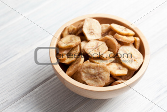 dried banana chips