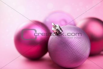 purple christmas balls 