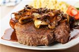 onion roast beef with spaetzle