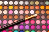 Set of Multicolored Eyeshadows with Brush