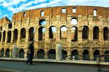 colosseo from car