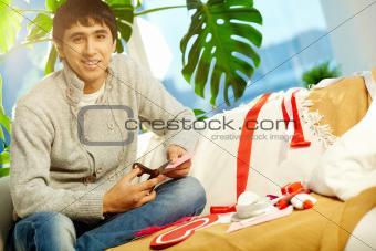 Man making valentine heart