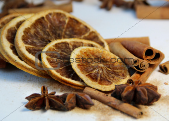 Cinnamon sticks and dry orange