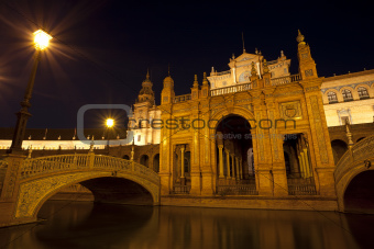 Plaza Espana at night