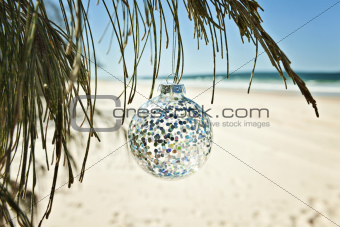 xmas bauble glitter