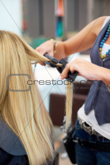 Creating perfectly straightened locks