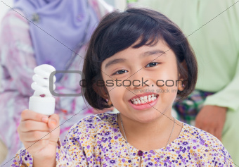 Asian girl lightbulb idea