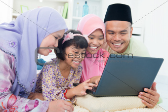 Muslim family interaction