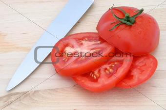 Tomato Slices & Knife