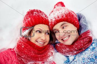 Dates on snow