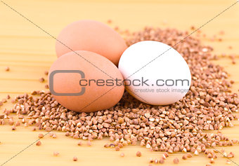Three eggs, buckwheat and spaghetti