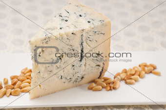 gorgonzola cheese fresh cut and pinenuts