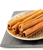 Cinnamon sticks and powder cinnamon