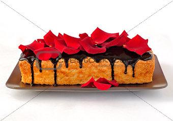 Cake loaf with rose petals