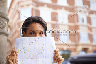 Letting the map guide her route