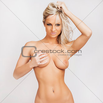 attractive nude young blonde girl