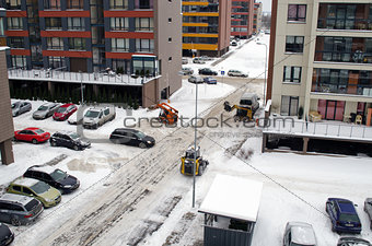 tractor work clean winter snow flat house parking