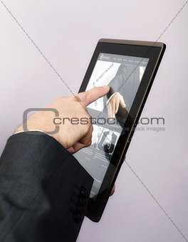 Browsing a website on tablet pc